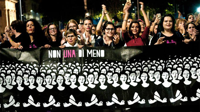 Corteo femminista per l'8 marzo: alle 17.30 in piazzale Santa Croce