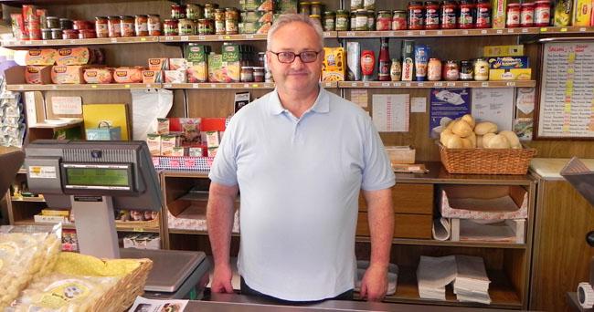 Giambattista Bonini, titolare dell'omonima salumeria (foto © Cremaonline.it)