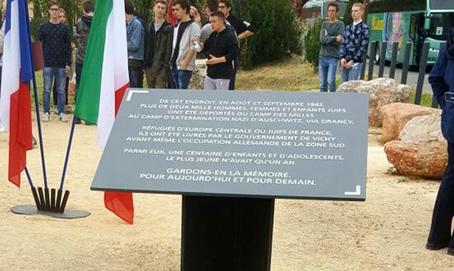 In ricordo dei 10 mila deportati al campo di sterminio di Auschwitz
