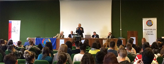 Il convegno in sala Alessandrini (foto © Cremaonline.it)